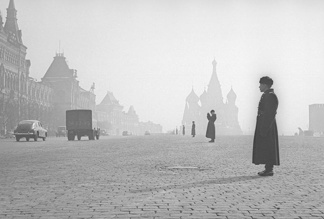 Red Square. Moscow, 1959. Silver-gelatin imprint. Collection of MAMM