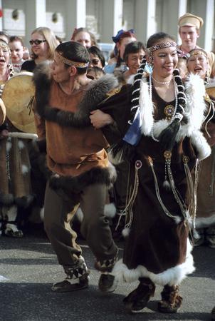 Чукотские танцы на Триумфальной площади.